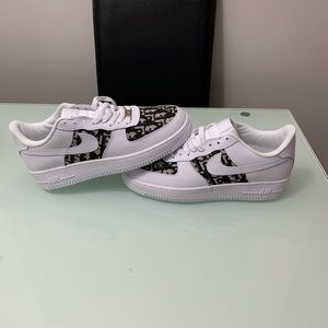 Custom Air Force Ones 1s Size 8